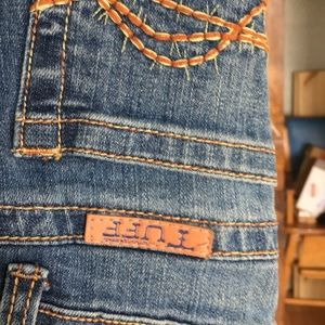 Cowgirl Tuff Jeans - Cowgirl Tuff jeans